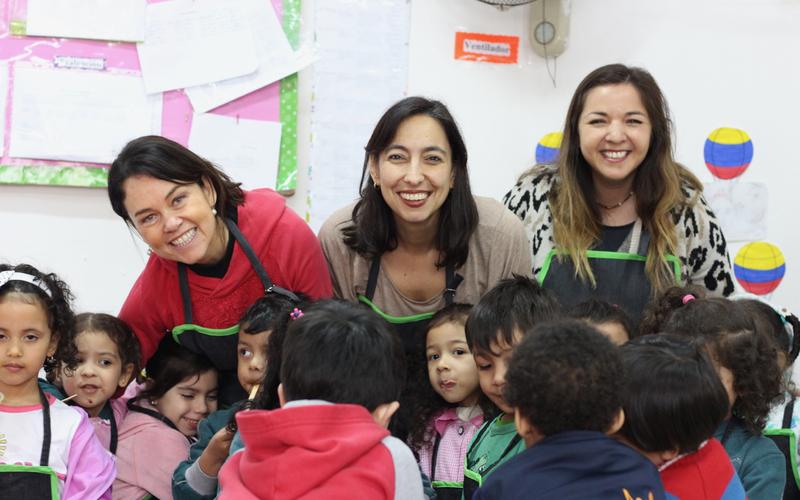 Clases de cocina en jardines infantiles con niños en riesgo social